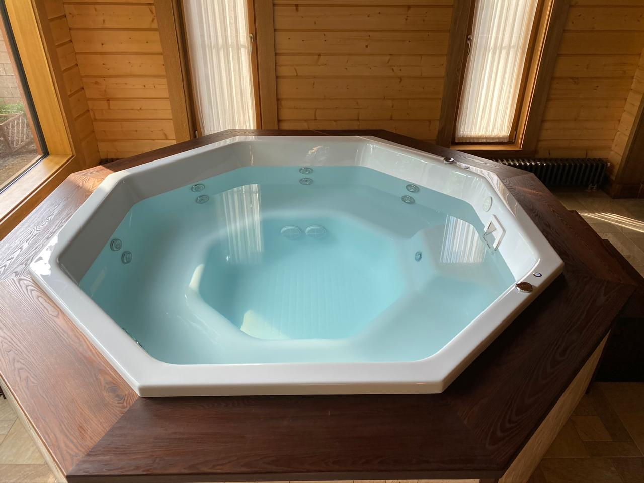 фото восьмигранный бассейн крышка
