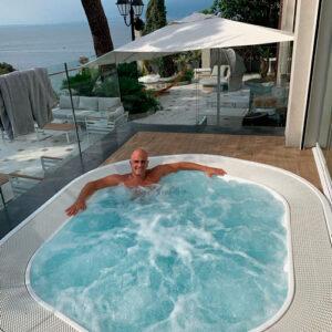 Переливной коммерческий бассейн Jacuzzi Sienna spa