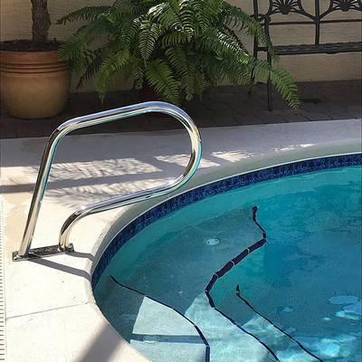 Поручень для встроенного переливного спа бассейна Easy Mount